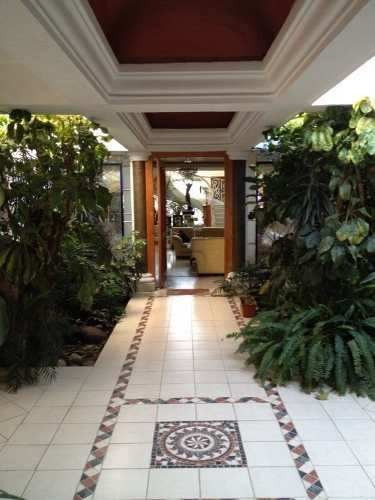 Lujosa Casa Con Alberca En Venta En Las Americas Morelia