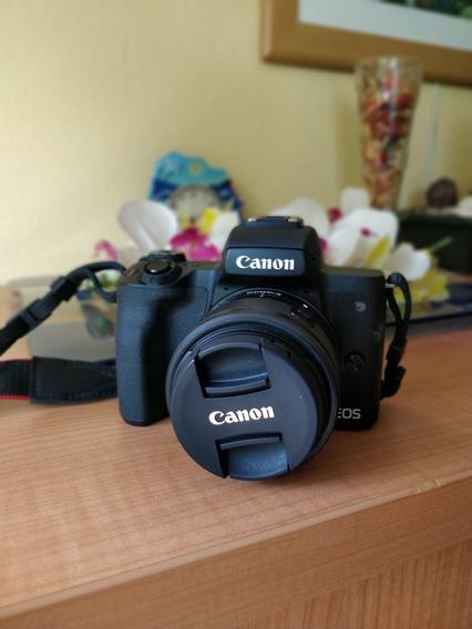Camara Canon M50