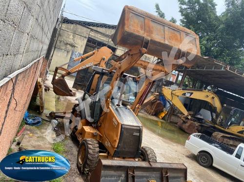 Retro Escavadeira Case 580m 4x4 Traçada Cabinada Ano 2010