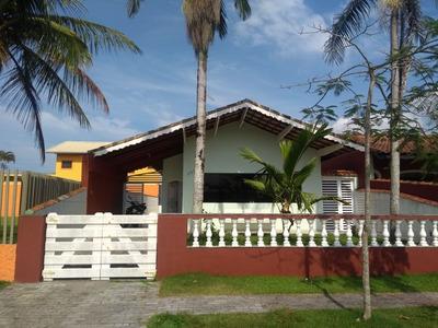 Casa Com 3 Quartos +1 Opcional, Sendo Uma Suite. Lado Praia