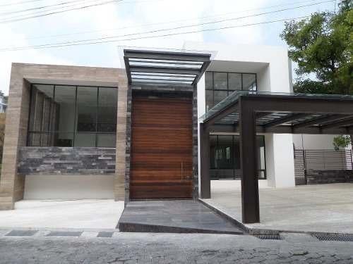 Excelente Residencia En Fraccionamiento Sayavedra