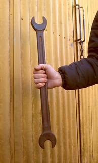 2 Llaves Antiguas 61 Y 52cm De Largo Decoración Herramienta