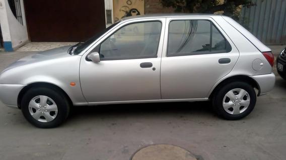 Ford Fiesta Lx 1999 Gasolina Mecanica 4 Puertas Particular