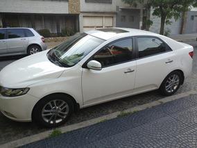 Kia Cerato Forte 2.0 Elegance 6ta