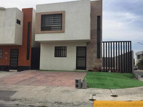 Casa En Renta, Apodaca, Nuevo León