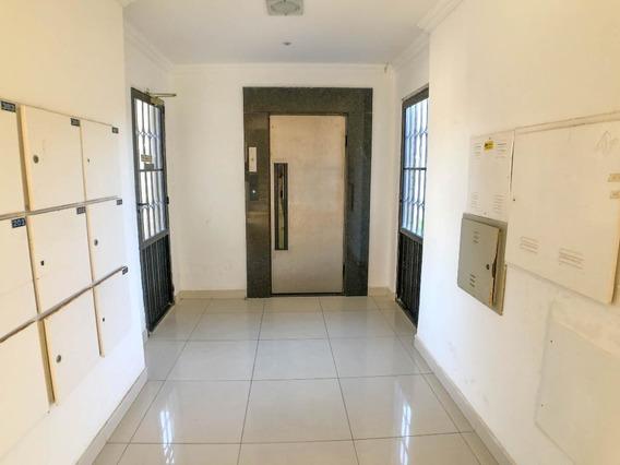 Apartamento Em Praia Do Futuro, Fortaleza/ce De 80m² 3 Quartos À Venda Por R$ 135.000,00 - Ap342830