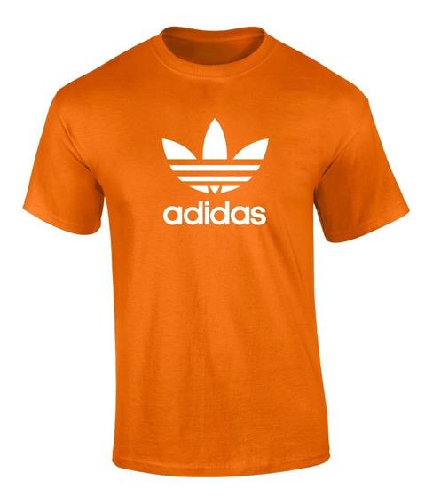 Playera adidas Clasico Vinil Textil