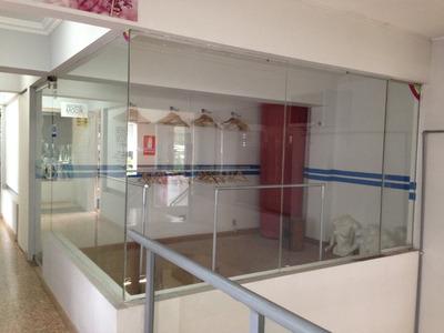 Alquiler De Local Comercial / Oficina En Centro Comercial Da