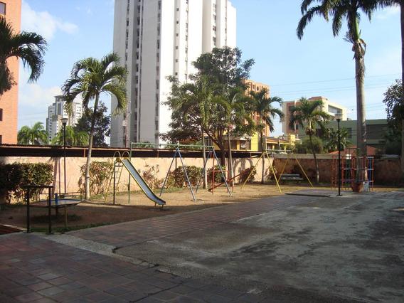 Apartamento En Alquiler Rhb19-13111