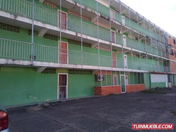 Apartamentos En Venta 19-17376 La Isabelica Mz 04244281820