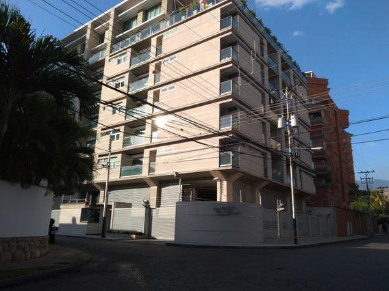 Hermoso Apartamento En Venta Buena Ubicación 04243509446