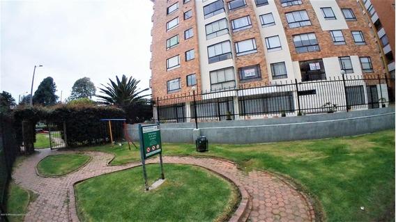 Apartamento En Venta En Colina Campestre Mls 20-844