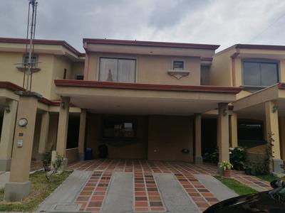 Alquilo Casa Sabanilla, Condominio Arandas