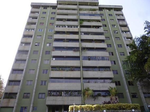 Apartamentos En Venta Mls #19-17957
