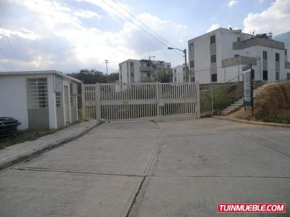 Cm #18-7860 Apartamento En Valle Arriba