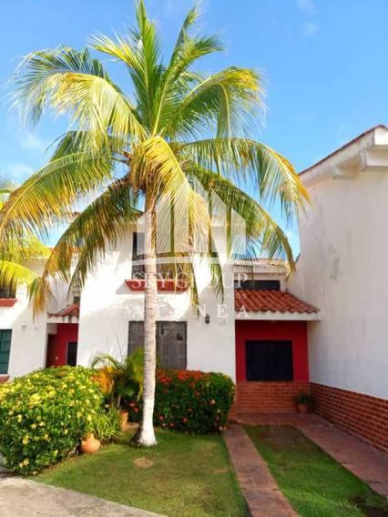 (atth-65) Town House Amoblado En Ciudad Flamingo.