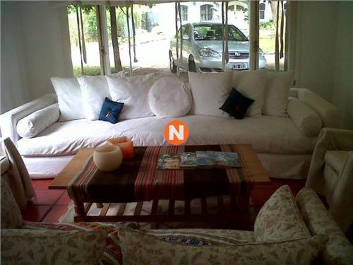 Casa En Venta Y Alquiler, La Barra, La Barra, 4 Dormitorios.- Ref: 207738