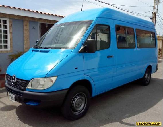 Mercedes Benz Sprinter Minibus