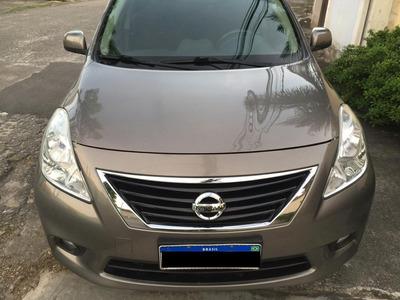 Nissan Versa S 1.6 L 2013/14