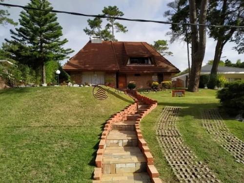 Excelente Casa De Dos Plantas En Pinares!- Ref: 2576