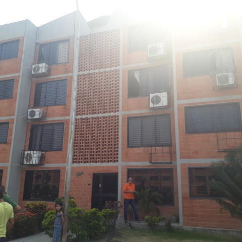 Apartamento En Venta- Parque Coropo Mls #20-7263 Mepm 27
