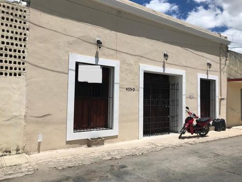 Casa En Venta En Merida, Barrio De Santiago Centro. ¡restaurada Y Con Alberca!
