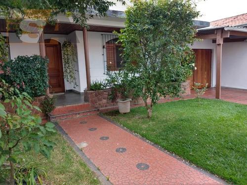 Imagem 1 de 8 de Casa Residencial Em Centro - Suzano, Sp - 3686