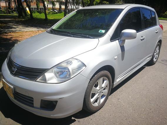 Nissan Tiida Premium F.e 2012