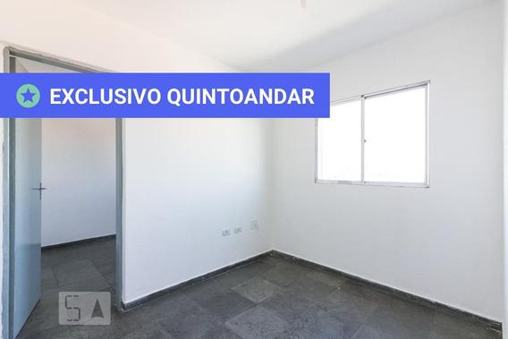 Apartamento No 4º Andar Com 1 Dormitório E 1 Garagem - Id: 892944682 - 244682