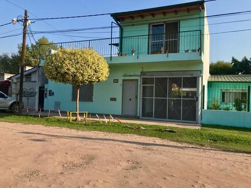 Casa 4 Ambientes Jardin+departamento+cochera Merlo