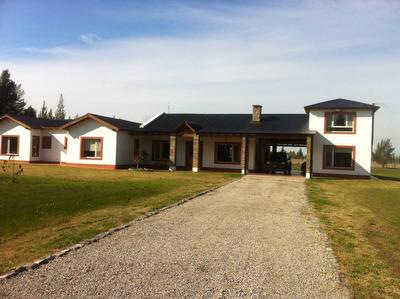 Casa 5 Ambientes En Barrio Cerrado Las Malvinas