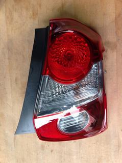 Lanterna Direita Toyota Etios Hatch 2018 Original