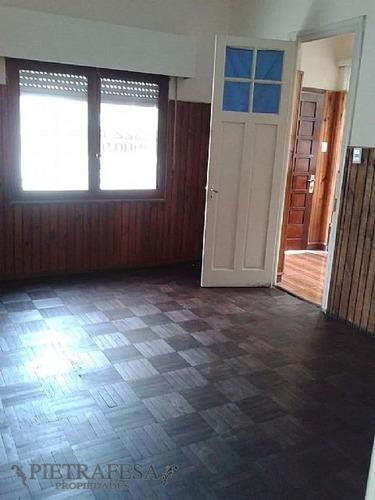 Casa Venta 2 Dormitorios Union Con Con Patio Y Gje.- Ref: 117