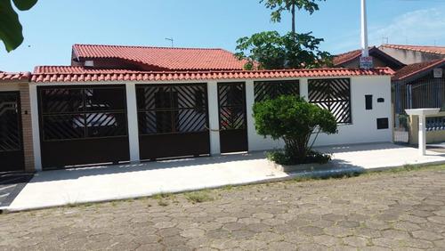 Imagem 1 de 10 de Casa A Venda Em Peruibe