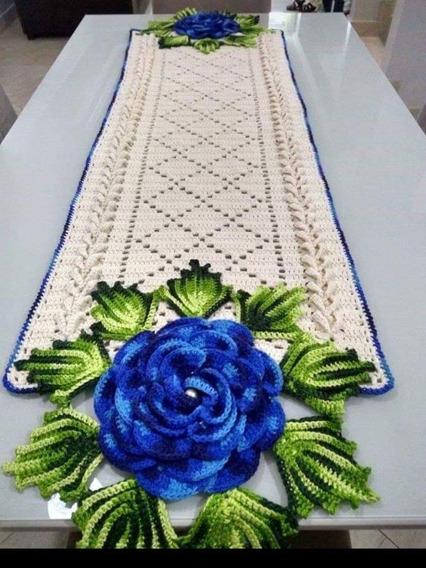 Caminho De Mesa Croche Com Flor Azul