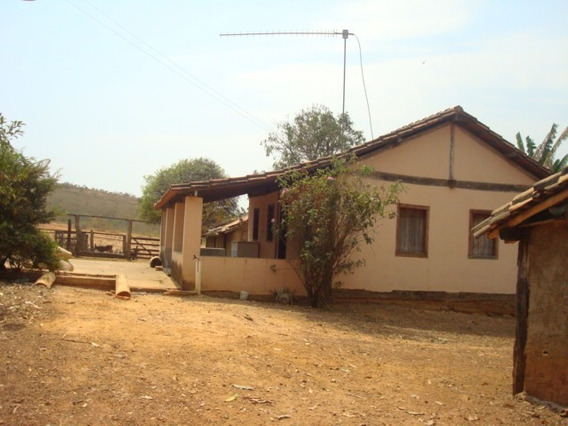 Fazenda Com 5 Quartos Para Comprar No Zona Rural Em Morada Nova De Minas/mg - 3412