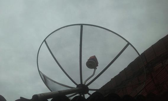 Uma Antena Parabólica Century