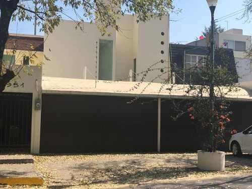 Se Vende Casa En Fuentes Del Pedregal