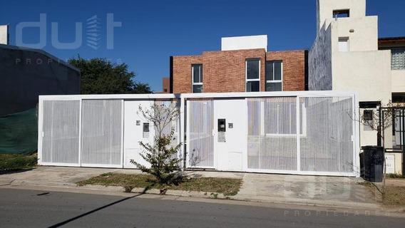 Venta De Duplex En Miradores De Manantiales A Estrenar!