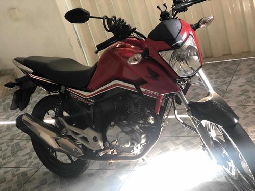 Imagem 1 de 8 de Honda Titan