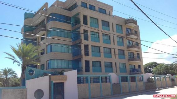Apartamento En Venta Playa El Agua Isla Margarita G.a.