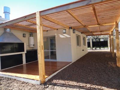 Dueño Vende Excelente Casa A Estrenar Con Pileta,3 Ambientes