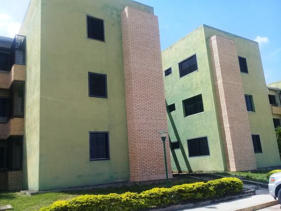 Apartamento En Venta Cabudare Centro 20-1616 As