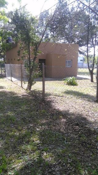 Casa Venta 2 Dormitorios Y 80 Mts 2 -lote 10 X 30 Mts- La Plata