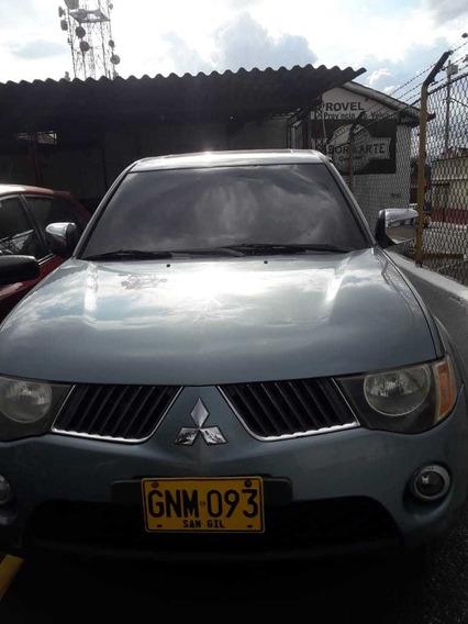 Mitsubishi L200 Esportero