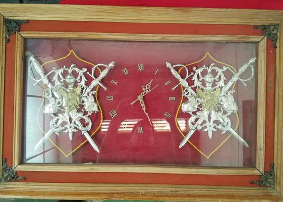 Antiguo Cuadro Reloj Escudos Españoles Retro Vintage 1975