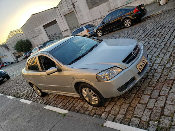 Chevrolet Astra Sedan 2.0 8v Cd 4p 2004