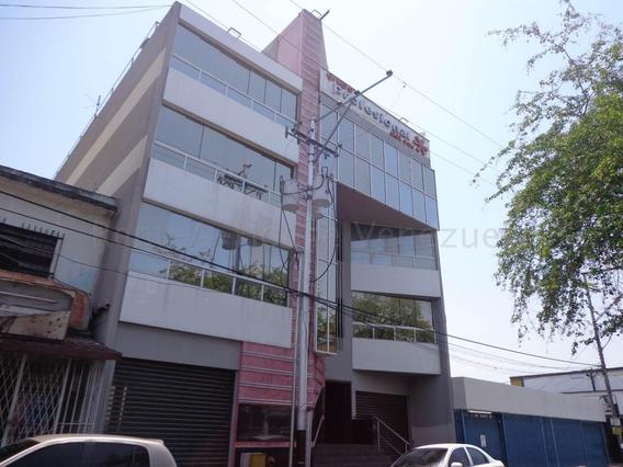 Oficina En Alquiler La Maracaya 20-9494 Chm