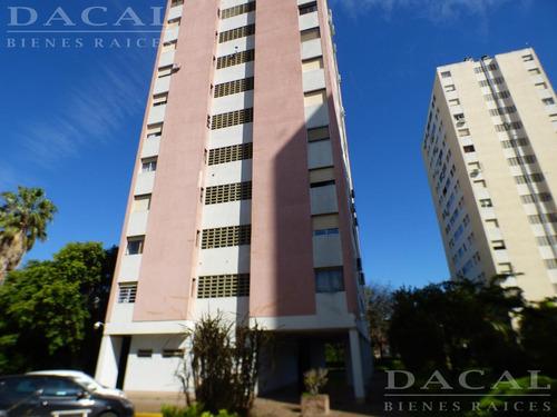 Departamento En La Plata Calle 49 E/ 20 Y 21 Dacal Bienes Raices