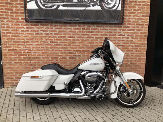 Harley Davidson Street Glide 2017 Branca Com 6500km